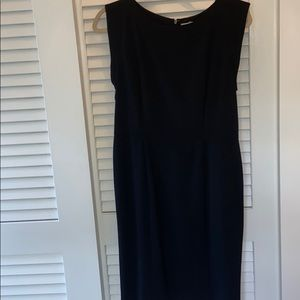 Black classic Kenneth Cole cap sleeve size 4 dress
